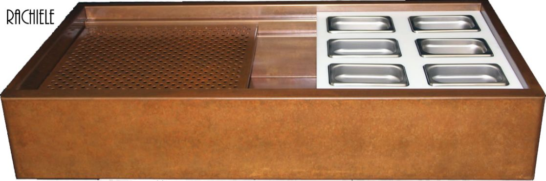 farmhouse workstation Evolution sink with serving trays and copper drain grid