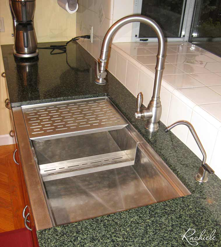 Hammered stainless farm sink