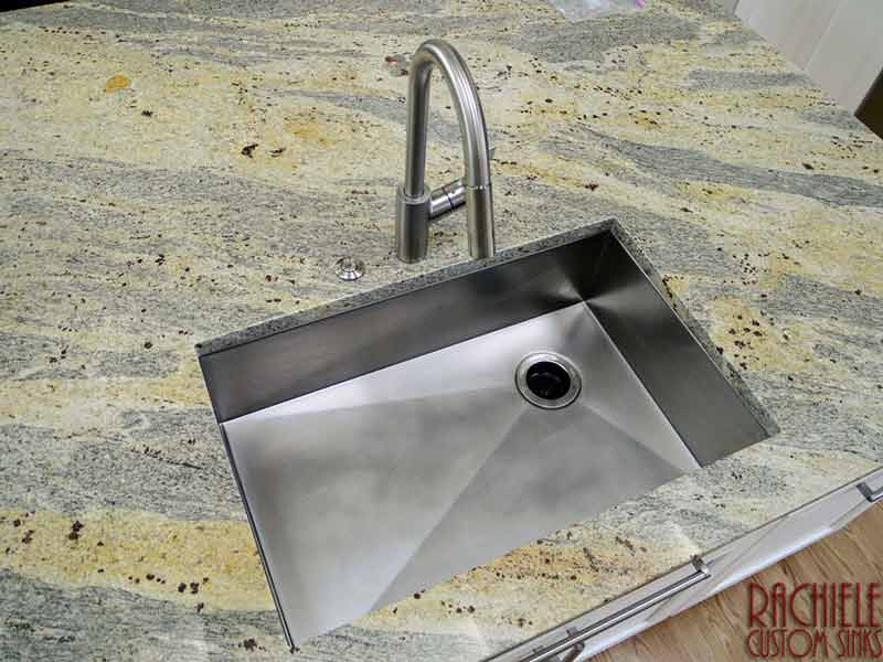 Scratch Resistant Stainless Steel Sink